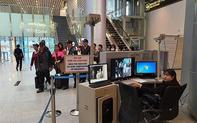 Hướng dẫn khách du lịch phối hợp kiểm soát tình hình dịch bệnh viêm phổi cấp đảm bảo an toàn cho du khách và cộng đồng
