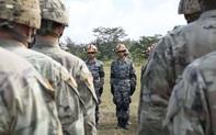 """Quân đội Mỹ, Trung vừa hợp tác vừa đấu khẩu """"dằn mặt"""" nhau"""