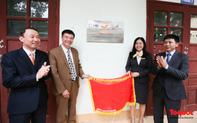 Chùm ảnh: PTI và Bưu điện tỉnh Lạng Sơn trao tặng phòng máy tính, thiết bị giảng dạy cho trường THPT Việt Bắc