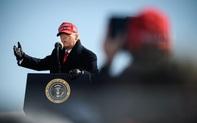 """Tuyên bố """"bầu cử qua thư là gian lận"""" từ cách đây 7 tháng: Ông Trump đã dự đoán trước được tình hình?"""
