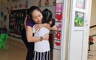"""""""Cô ơi, cô không đánh con hả cô?"""": Đoạn hội thoại giữa học sinh và 1 cô giáo """"lạm quyền"""" khiến nhiều người giật mình thon thót"""