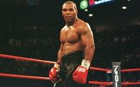 """Mike Tyson tái xuất ấn tượng ở tuổi 54, tạo nên một cuộc đối đầu """"tuyệt vời"""" cùng nhà cựu vô địch thế giới"""