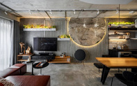 Mạnh tay đập bỏ hết tường và trần nhà, chàng trai Sài Gòn có ngay căn hộ studio cực ấn tượng, không gian mở được tận dụng tối đa