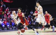 """Christian Juzang """"đơn thương độc mã"""" trong ngày Saigon Heat thất thủ ở Game 2 VBA Finals 2020"""