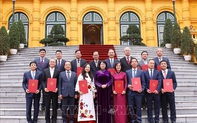 14 cán bộ, công chức ngoại giao được phong hàm và thăng hàm Đại sứ
