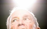 """Nỗ lực chứng minh là tỷ phú """"hàng thật giá thật"""", ứng cử viên tổng thống Bloomberg mập mờ thái độ trước Trung Quốc và Nga?"""