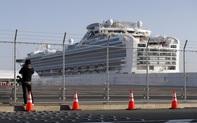 Tàu du lịch Diamond Princess đưa nhóm khách Nhật cuối cùng lên bờ trong khi 23 người chưa được xét nghiệm Covid-19 lần cuối đã rời đi