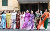Tôn vinh nét đẹp, giá trị của áo dài trong đời sống xã hội