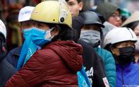 """Ngày Cá tháng 4: Việt Nam và thế giới tung trừng phạt """"khủng"""" đối phó nạn thông tin giả về COVID-19"""
