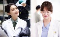"""Lý Thấm bị chê bai bắt chước tạo hình của Song Hye Kyo trong phim """"Hậu duệ mặt trời"""" bản Trung"""