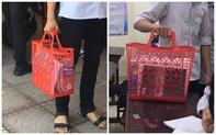 Nam sinh mượn giỏ đi chợ huyền thoại của mẹ làm cặp sách đến trường: Độc đáo, chịu chơi chẳng ai bằng!