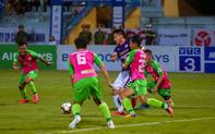 Sau danh hiệu Quả bóng Vàng 2019 Đỗ Hùng Dũng thăng hoa với tấm băng đội trưởng Hà Nội FC
