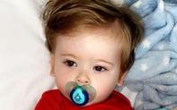 Con trai rất ghét được chải tóc, mẹ quyết định đưa đến bệnh viện, không ngờ đó là việc đã cứu mạng con
