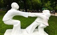 Hồi chuông về tư duy và cách ứng xử đúng mực với không gian công cộng