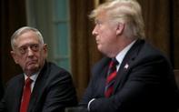 """Tung """"đòn hiểm"""" đáp trả chỉ trích cựu bộ trưởng quốc phòng, Tổng thống Trump lại gây tranh cãi"""