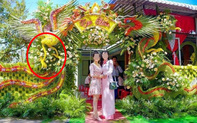 Cổng cưới Rồng Phượng tuyệt đẹp gây chú ý, nhưng lộ một điểm khó hiểu gây cười