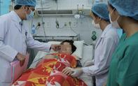 Tài xế chạy ngược chiều đưa bác sĩ đến cứu sản phụ bị chảy máu ồ ạt, nguy kịch khi sinh con