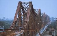 Triển lãm những bức hình độc đáo về cầu Long Biên