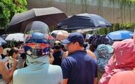 """Nhìn cảnh tượng đông nghèn nghẹt ngày thi vào THCS Lương Thế Vinh, nhiều người phải thốt lên """"thương cha mẹ học sinh quá"""""""