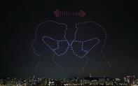 Hàng trăm drone thắp sáng bầu trời, truyền thông điệp tích cực về dịch Covid-19 tại Hàn Quốc