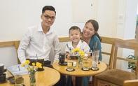 """Mẹ của cậu bé 18 tháng không nói tiếng Việt mà đòi giao tiếp bằng tiếng Anh: """"Hai mẹ con tôi từng ôm nhau khóc vì không thể hiểu ngôn ngữ của nhau"""""""