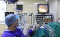 Bị hóc xương, cụ ông 85 tuổi phải nhập viện cấp cứu