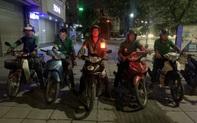 Biệt đội tài xế cứu hộ: Khi những tấm áo grab mang băng chữ thập đỏ