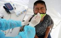 Những bí ẩn về trẻ em và đại dịch Covid - 19: Ít gây nguy hại với trẻ dưới 18 tuổi nhưng trẻ dưới 5 tuổi nhiễm Covid-19 có thể mang lượng virus gấp 10 - 100 lần so với người lớn