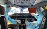 Phi công, tiếp viên Vietnam Airlines bị giảm 50% thu nhập bình quân 2020