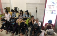 """Phát hiện nhóm """"dân chơi"""" thác loạn ma tuý trong khách sạn ở Sài Gòn"""
