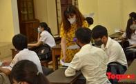 Thi tốt nghiệp THPT: Quảng Ngãi dừng thi cả điểm thi, Hà Nội chuyển cả điểm thi do liên quan tới bệnh nhân COVID-19