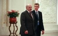 Căng thẳng tột độ: Belarus đóng biên với Ukraine, Ba Lan; rộ tin ông Lukashenko bí mật gửi con đến Moskva