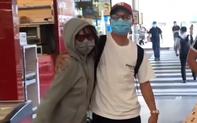 """Gặp lại Quang Hải sau bao ngày, Huỳnh Anh ôm chầm lấy bạn trai ngay ở cửa sân bay và """"chiêu đãi"""" một bữa thịnh soạn"""