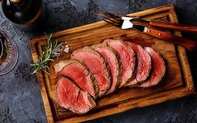 WHO phân loại thịt đỏ là 1 yếu tố nguy cơ gây bệnh ung thư: Nếu bạn ngừng ăn hoặc giảm lượng trong khẩu phần ăn hàng ngày, cơ thể có thể chuyển biến như thế nào?
