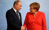 """Chính trị gia Nga bị đầu độc xuất viện, chính giới Đức bất ngờ """"đồng lòng"""" về dự án khí đốt với Moscow"""