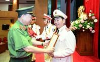 Thăng hàm Trung tướng đối với Thứ trưởng Bộ Công an Trần Quốc Tỏ