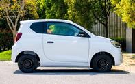 Bất ngờ nội thất chiếc ô tô Trung Quốc hai chỗ mới cóng giá 150 triệu đồng