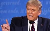 """""""Quá đau đầu"""": Dư luận Mỹ phản ứng về cuộc đấu khẩu """"không ai nhường ai"""" của 2 ông Trump-Biden"""