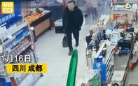"""Người đàn ông """"não cá vàng"""" mua 3 gói giấy ăn rồi vứt lại chiếc túi dứa bí ẩn, nhân viên siêu thị bị sốc khi nhìn thấy thứ bên trong"""