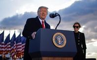 Những hình ảnh cuối cùng của ông Donald Trump trong vai trò Tổng thống Hoa Kỳ