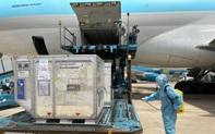 117.600 liều vắc xin COVID-19 đã về đến Việt Nam
