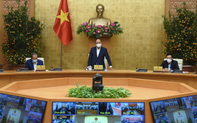 Thủ tướng Nguyễn Xuân Phúc: Không vì vaccine mà chúng ta chủ quan