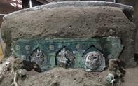 Phát hiện khảo cổ bất ngờ ở Italy: Một cỗ xe nguyên vẹn tồn tại 2000 năm