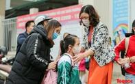 Ngày đầu trở lại lớp của 45 học sinh Tiểu học Xuân Phương từng phải cách ly dịp Tết Nguyên đán