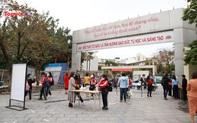 Học sinh Hà Nội tuân thủ nghiêm ngặt quy định phòng, chống dịch trong ngày đầu quay trở lại trường học