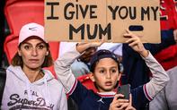 Fan nhí muốn đổi... mẹ của mình lấy áo đấu Messi