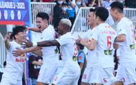 """Công Phượng, Minh Vương rủ nhau lập siêu phẩm """"dập tắt"""" Nam Định FC"""