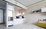 Căn hộ 42m² tạo ấn tượng đặc biệt với thiết kế nội thất thông minh, tươi sáng
