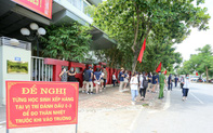 TP. Hồ Chí Minh cho học sinh lớp 9, lớp 12 đến trường học