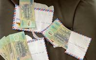 3 học sinh nghèo mang 42 triệu đồng nhặt được nhờ công an tìm trả người mất